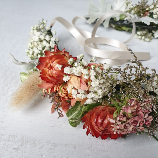 black-shed-brides-flower-crown