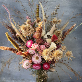 black-shed-dried-flower-bouquet-6.jpeg