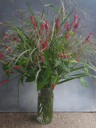 grasses-persicaria-arrangement-black-she