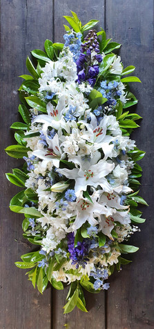 black-shed-funeral-flowers-lilies