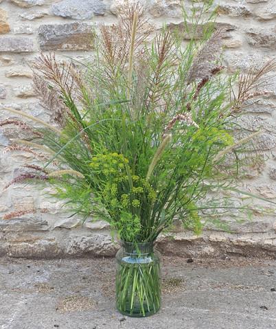 summer-grasses-arrangement-black-shed-fl