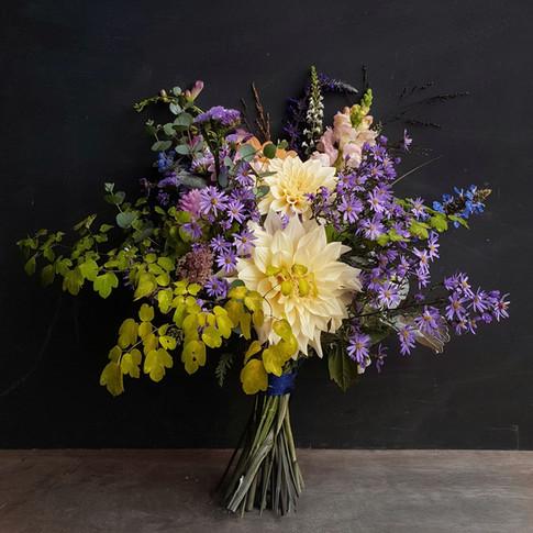 cafe-au-lait-black-shed-bridal-bouquet