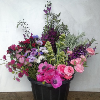 pink-wedding-flowers-may-black-shed-flow