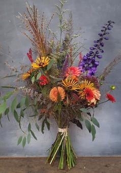september-bouquet-black-shed-flowers.5.j