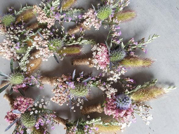 wedding-flowers-buttonholes-