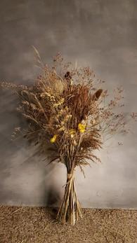 black-shed-dried-flower-bouquet-8.jpg