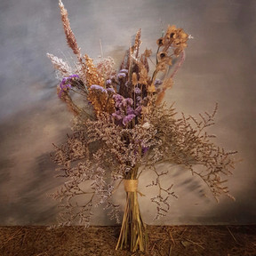 black-shed-dried-flowers-and-grasses-bou