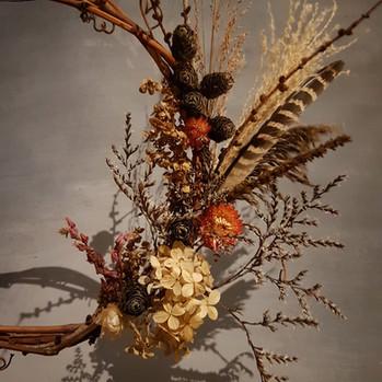 black-shed-dried-flower-wreath.jpg