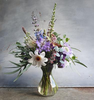 october-vase-black-shed-flowers.jpg