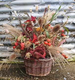 black-shed-dried-flower-arrangement.jpg