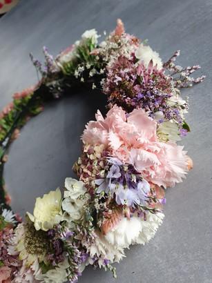 black-shed-wedding-flower-crown