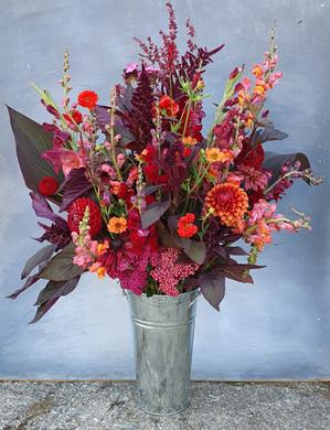 autumn-dahlia-arrangement-black-shed-flo