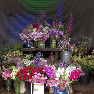 may-wedding-flowers-black-shed.jpg