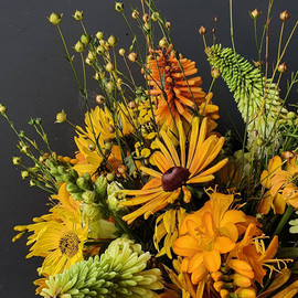 yellow-black-shed-bouquet-july.jpg