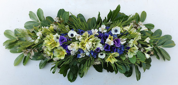 anemones-funeral-flowers-black-shed