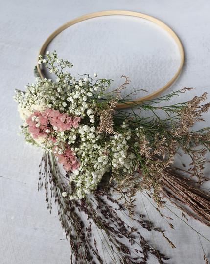 black-shed-bridal-flower-hoop
