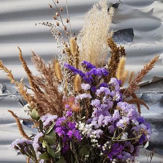 black-shed-dried-flower-bouquet-10.jpg