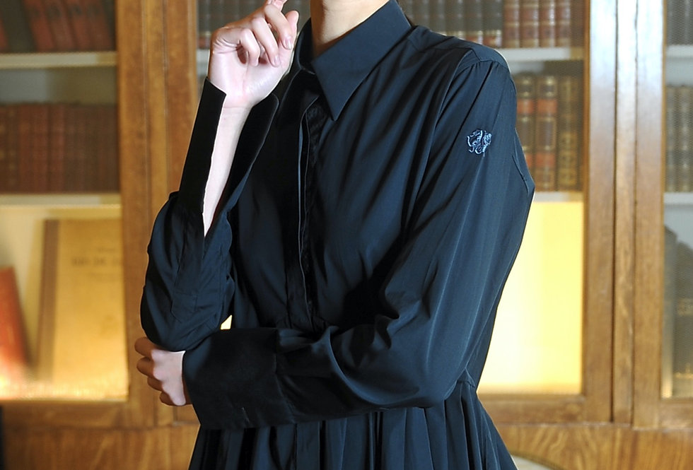 Liv pleated shirt in black