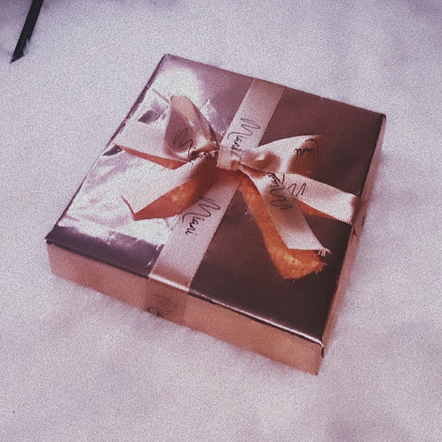 Miani Gift Wrapping