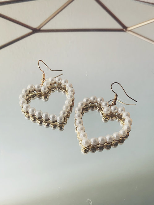 LOUVRE Pearl Hearts