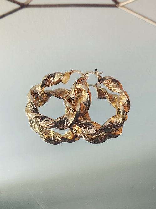 CELA Twisted Gold hoops