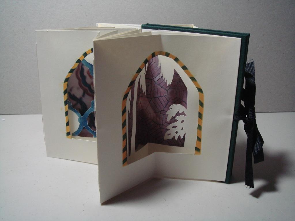 """Shangi la""  Star book"