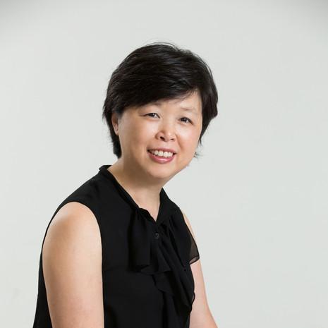 李坤珊 博士