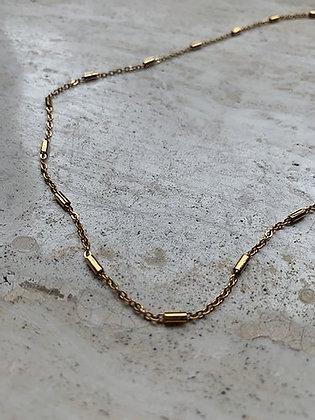 Rocky Rosa - Tube Necklace Gold