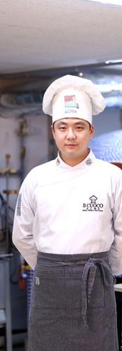 요리유학과정21기 신현우