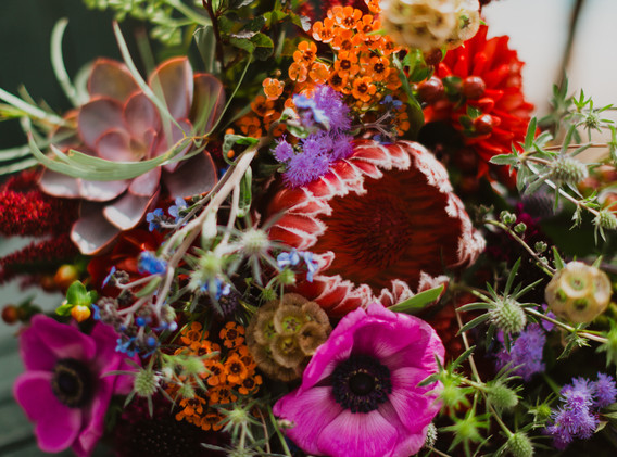 bold and beautiful bouquets