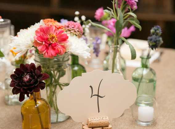 bud vase tables
