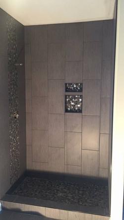 Luxury_Layouts_shower_tile