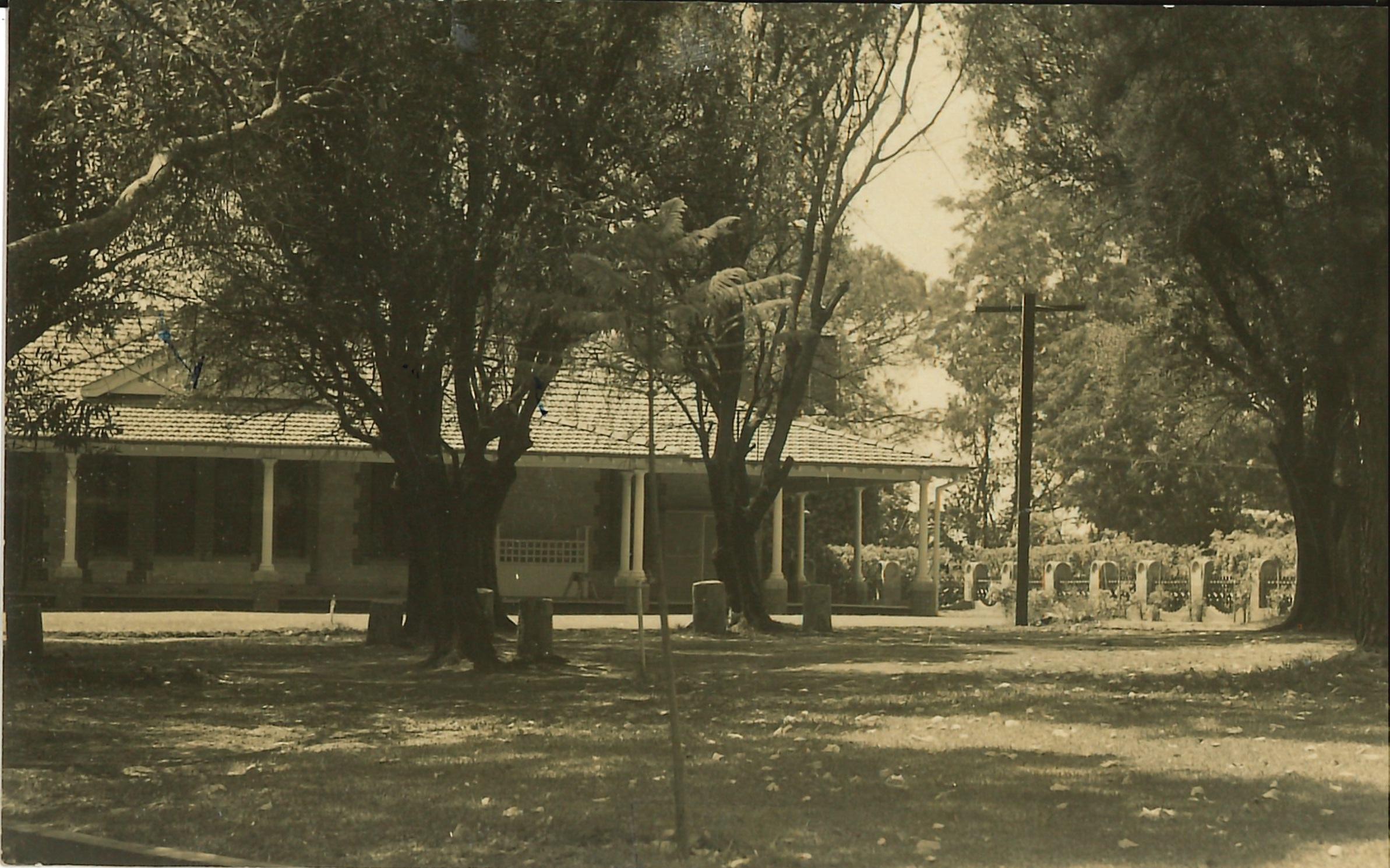 Seminary in 1942.jpg