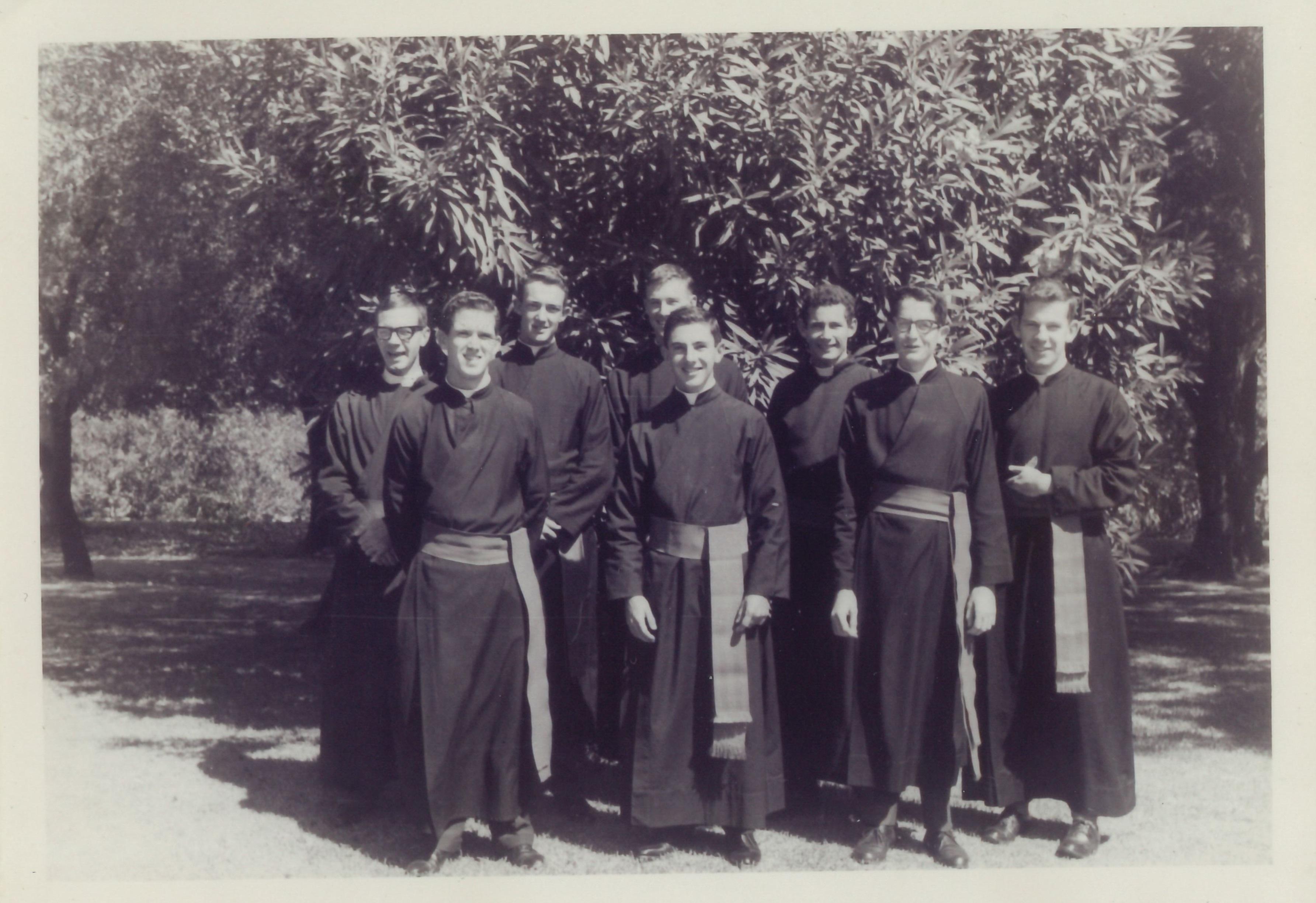 Seminarians 1975.jpg