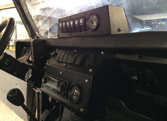 Land Rover Defender Gauge Pot