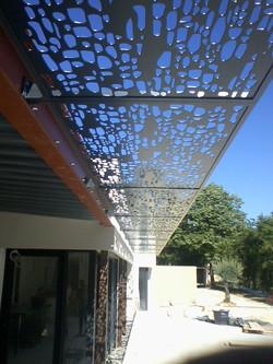 avancée toiture en ferronnerie