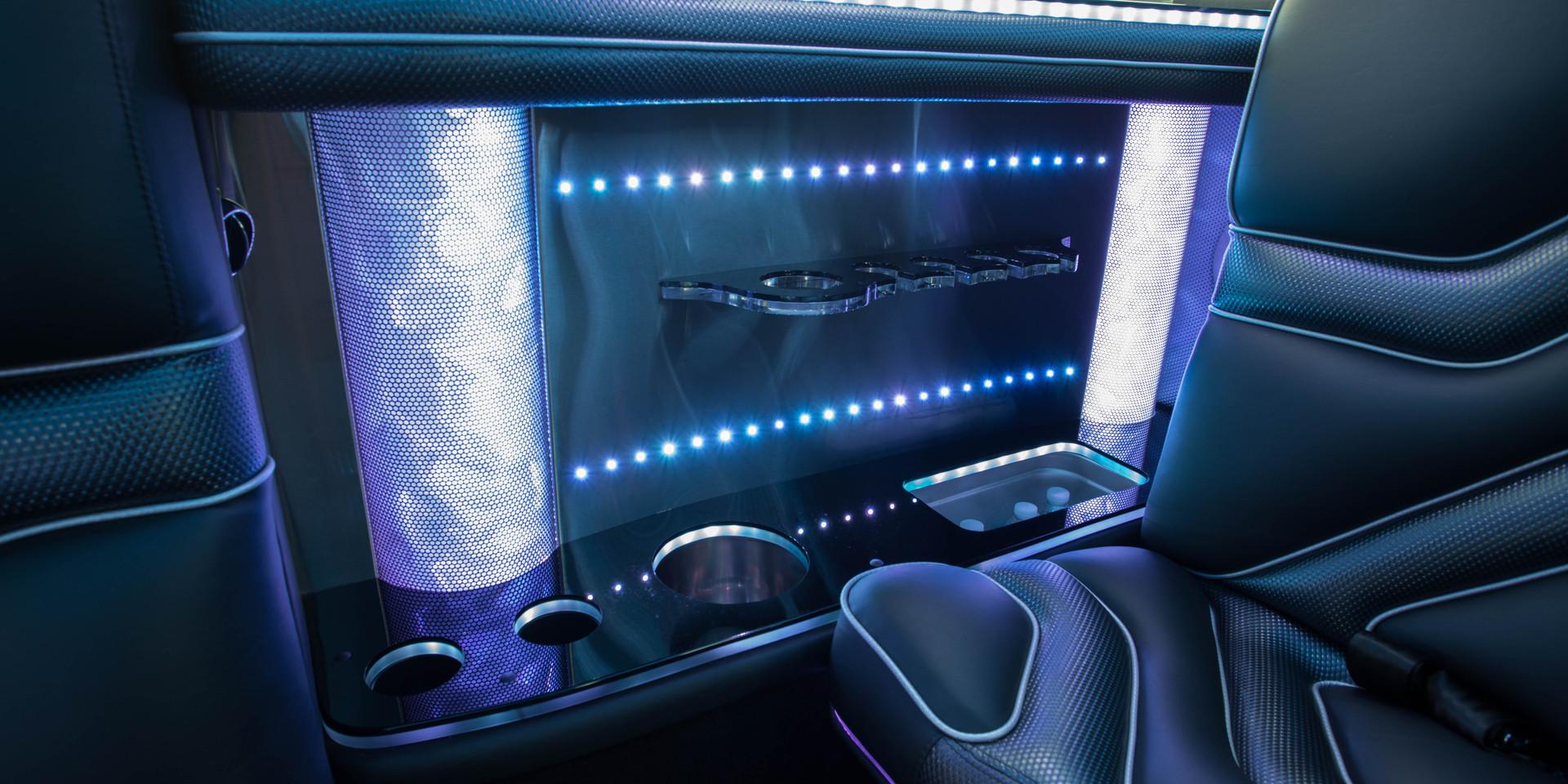 Jeep Limo Interior 14