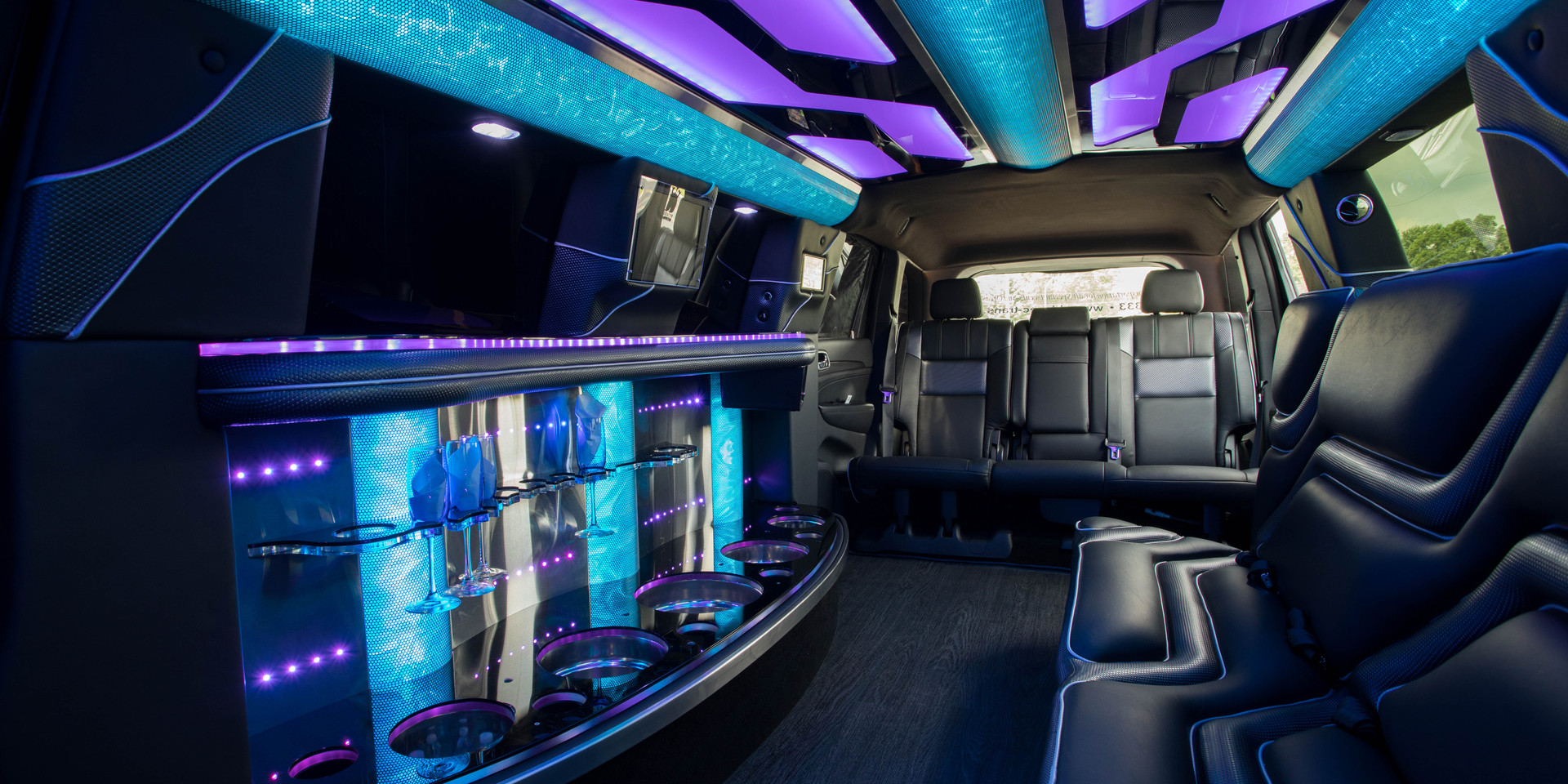 Jeep Limo Interior 13