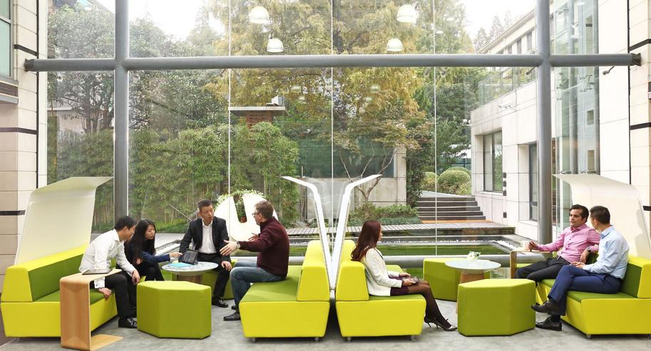 Mediascape Lounge 2 (2).jpg