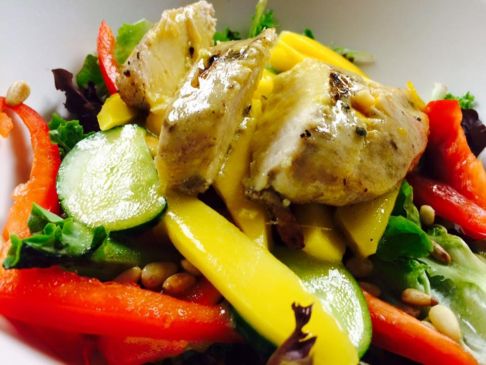 JERK CHICKEN & MANGO SALAD
