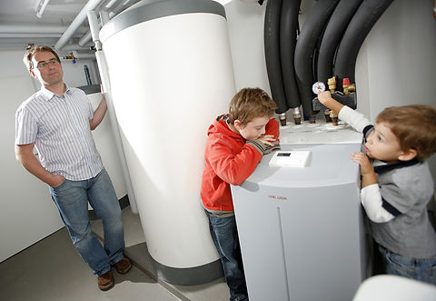 heat-pumps-family-heat-the-home-counties