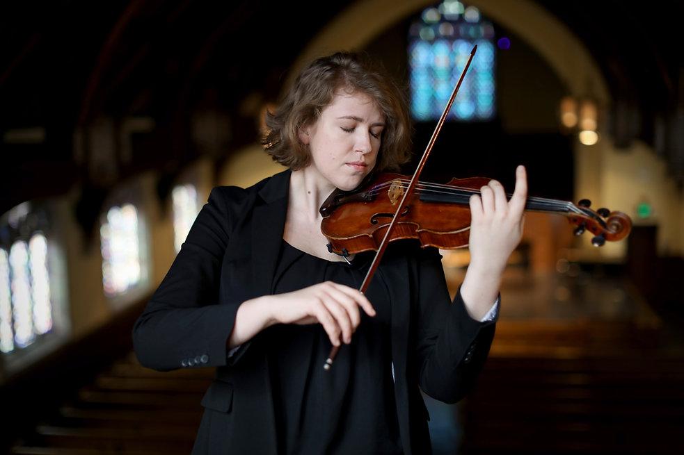 Laurel Gagnon, violinist, violin teacher, violin lessons, viola teacher, viola lessons, music lessons