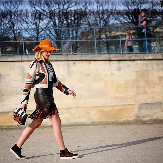 Fabiana justos em Paris