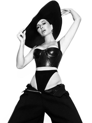 Sabrina Sato chapéu exclusivo Graciella Starling