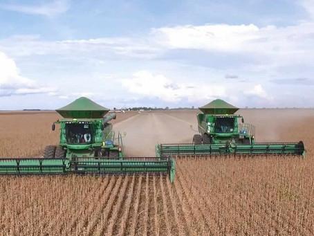 Colheitas de soja no Centro Oeste