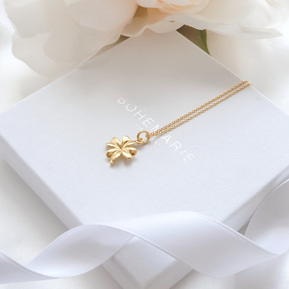 Gold plated clover layering necklace