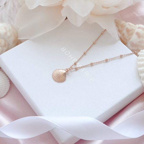 rose gold plated minimal seashell necklace