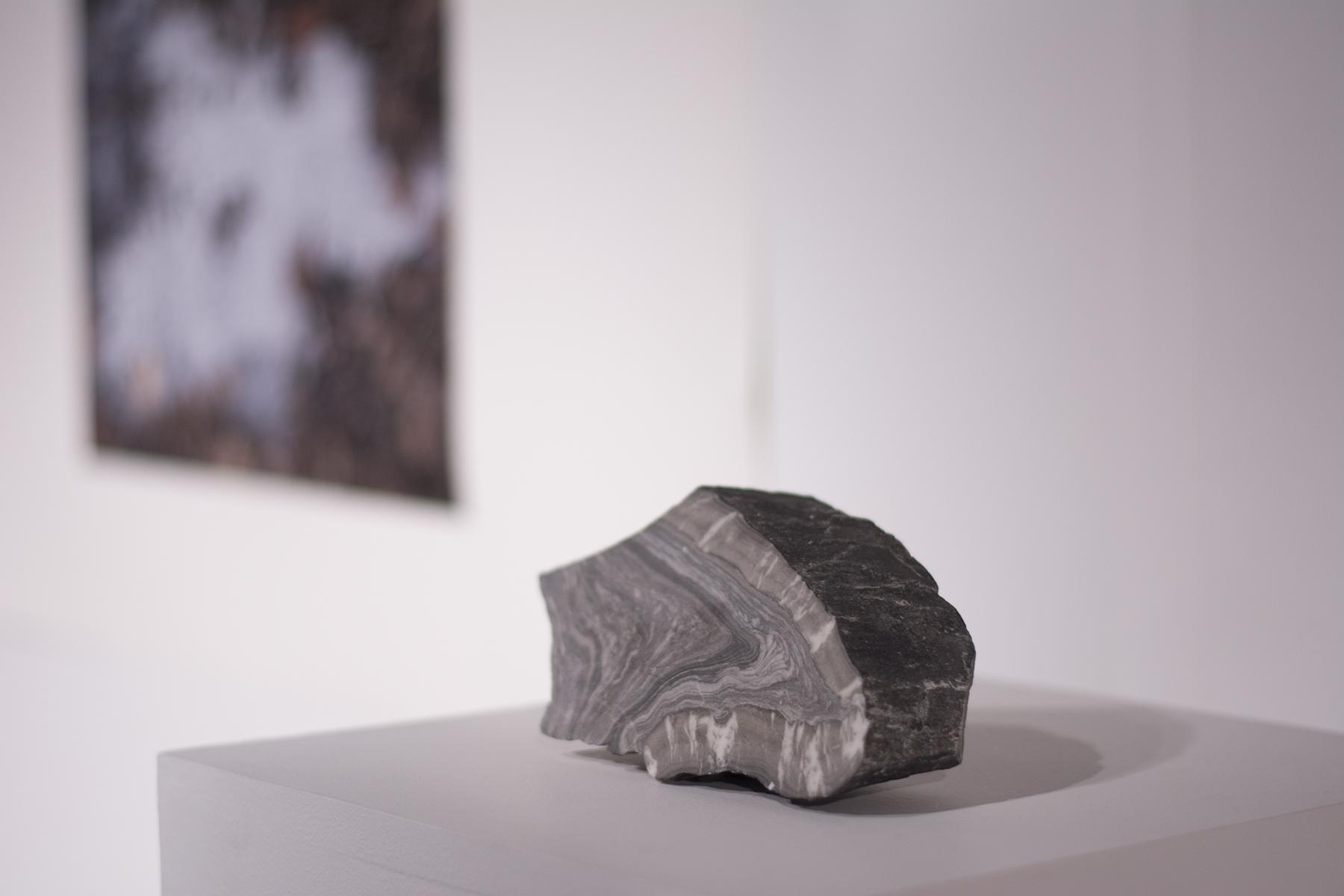 La pierre; le glacier