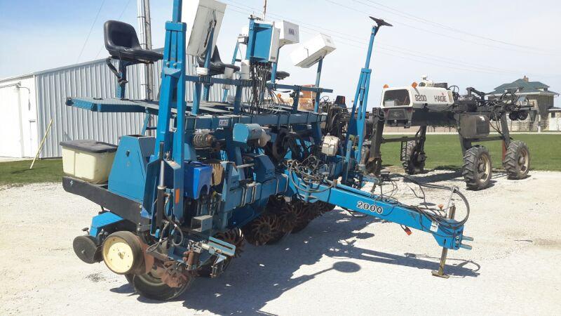 Almaco 6 Row Planter