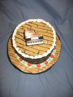 cakesdrums2010 017